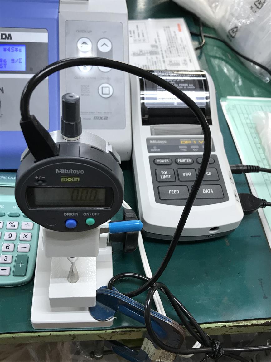 端子クリンプハイト検査機